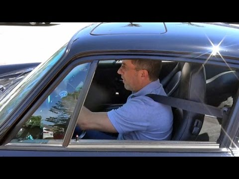 Jerry Seinfeld Drives Porsche In Malibu After Auctioning Off $22 Mil Of His Collection