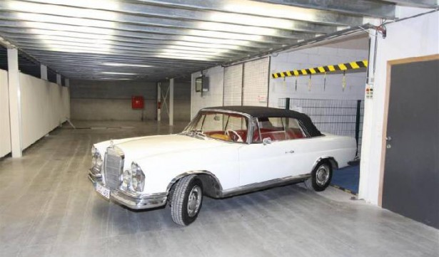 Mercedes in winterstalling