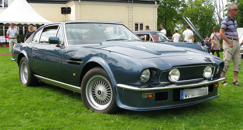 ASton Martin V8 1977