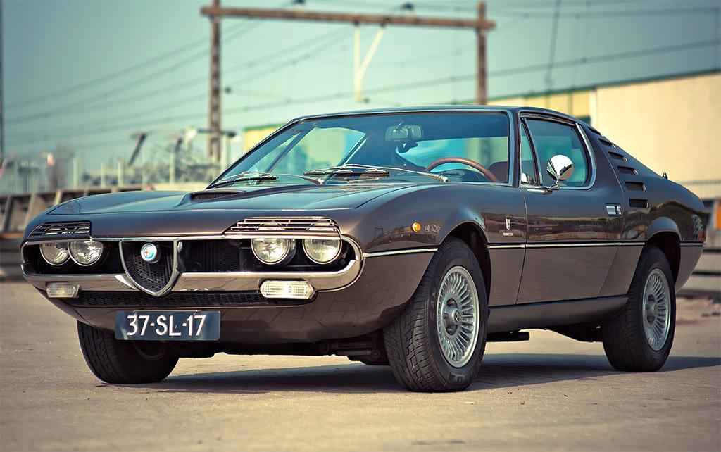 Alfa Romeo Montreal voorkant