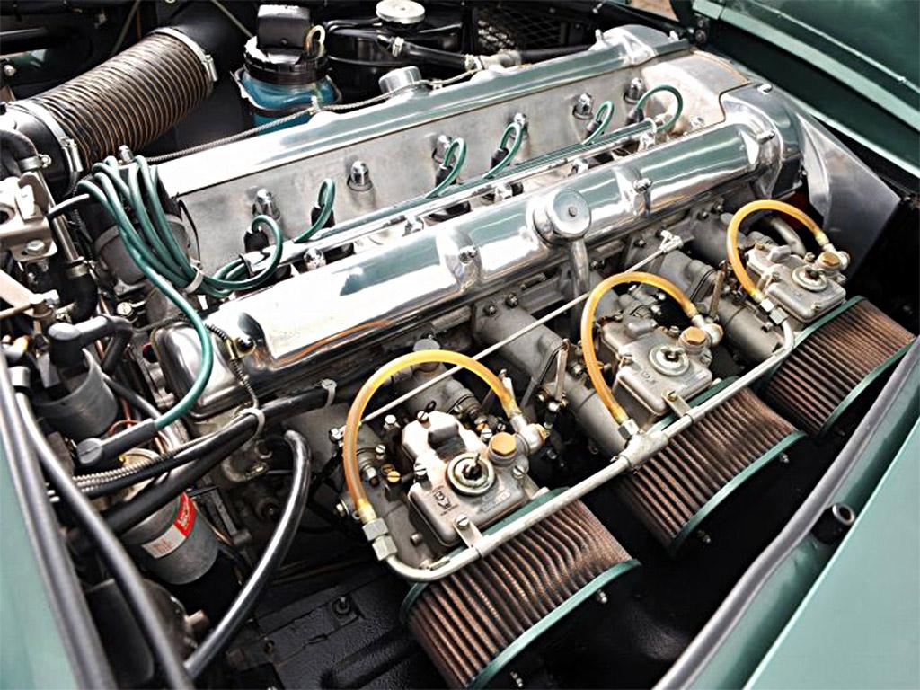 Aston Martin DB4 1960 motor