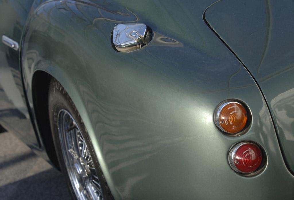 Aston Martin DB4 Zagato 1961 achterzijde