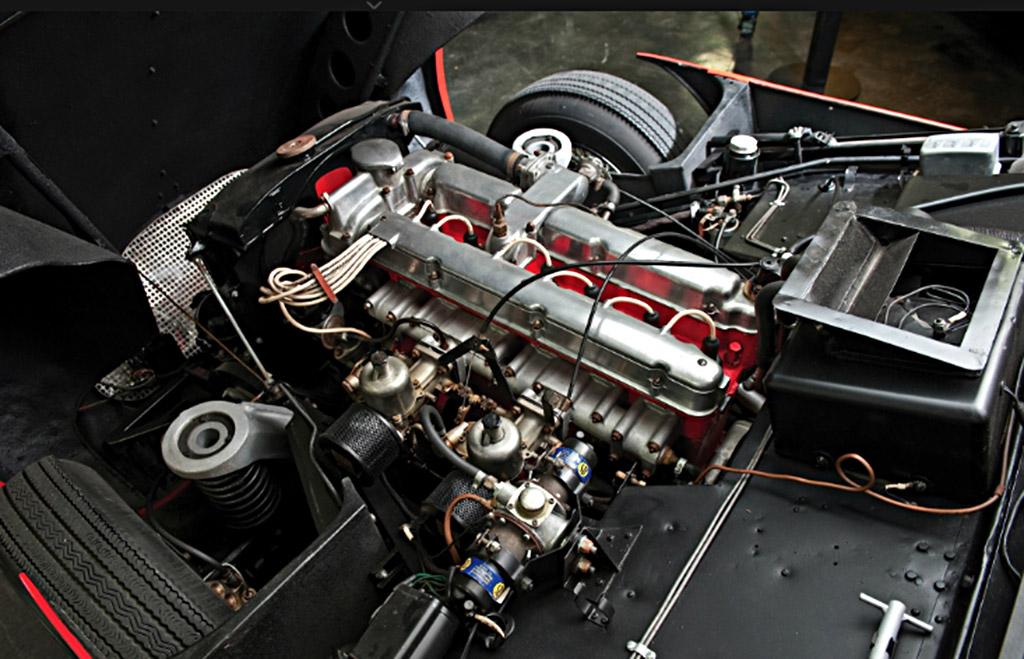 Aston Martin DB markIII 1959 drophead coupe motor