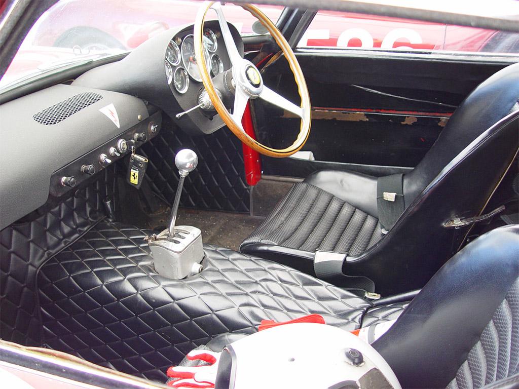 Ferrari 250 GTO 1964 interior