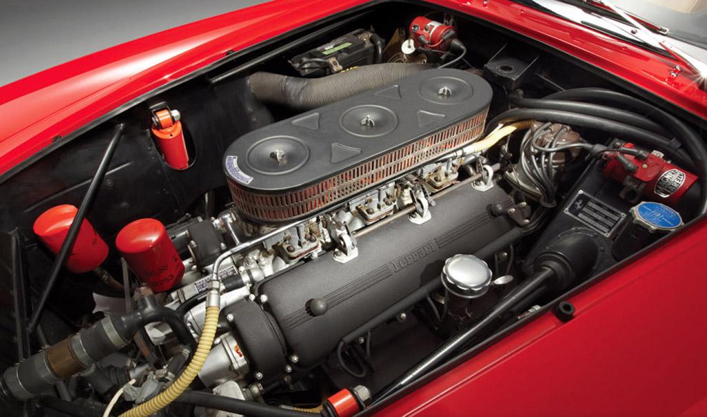 Ferrari 250GT California SWB Spyder 1962 motor