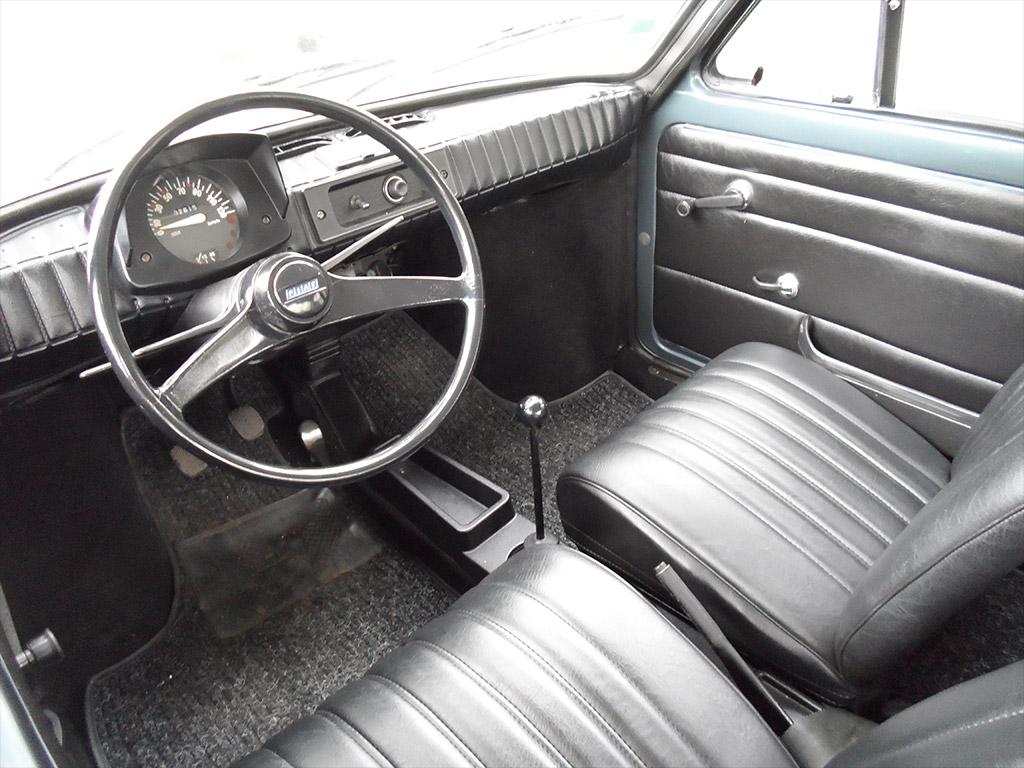 Fiat 126 interieur
