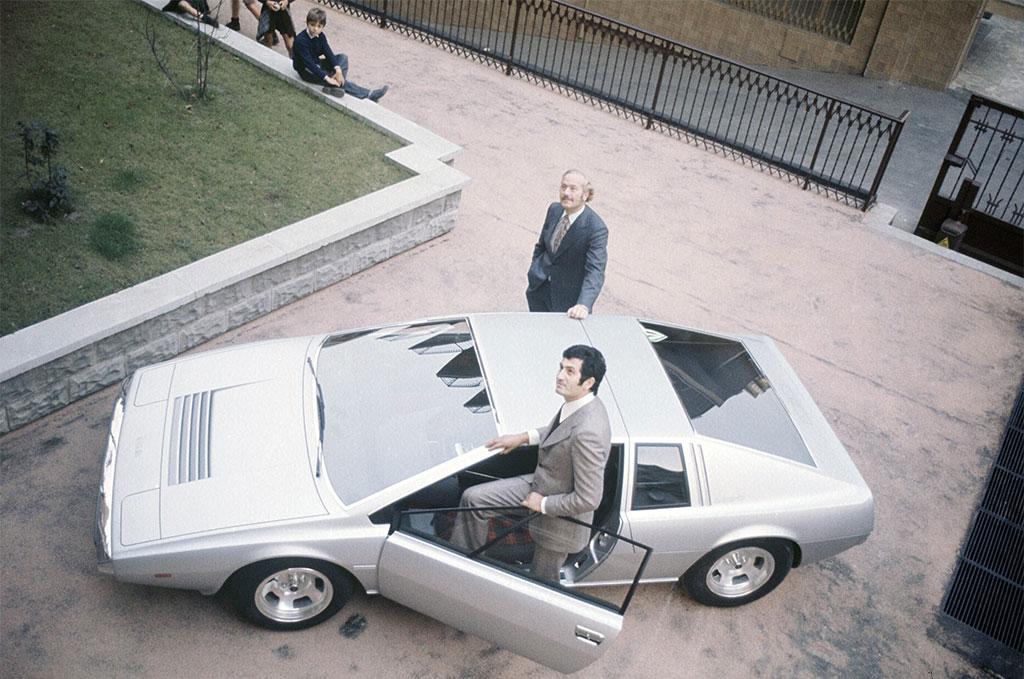 Giorgetto Giugiaro Colin Chapman prototype Esprit