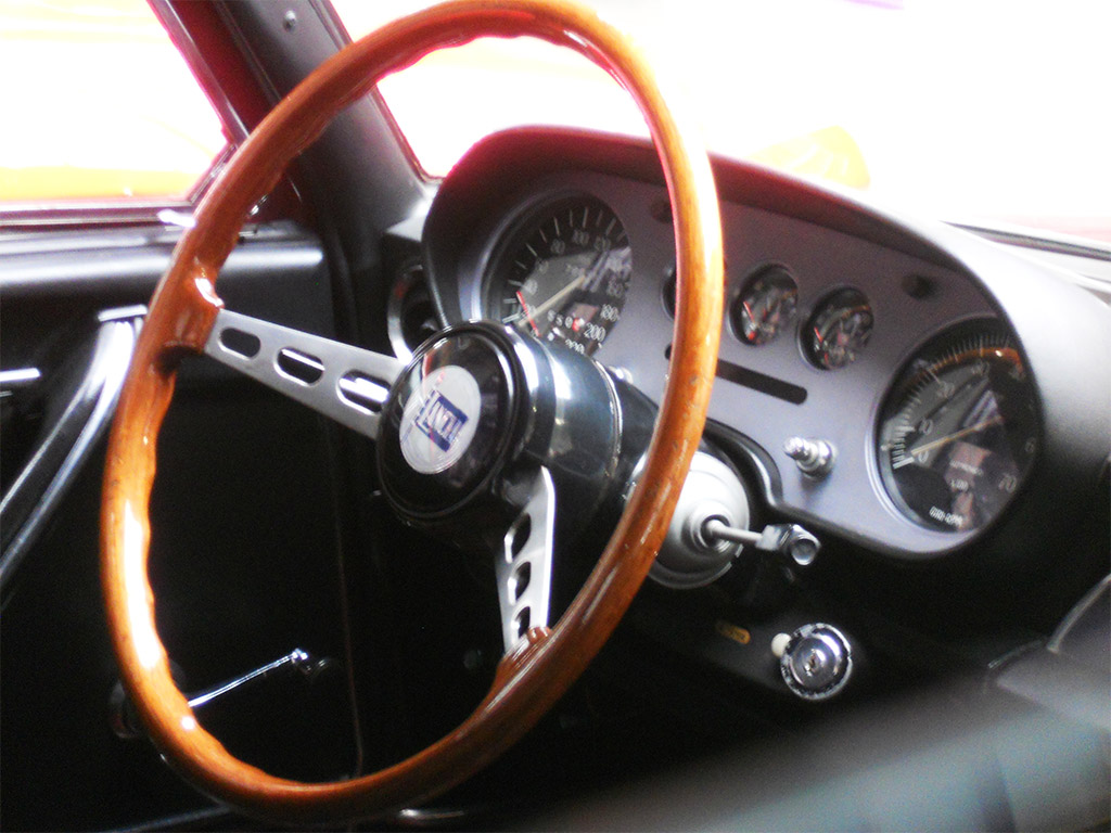 Lancia 2000 interieur