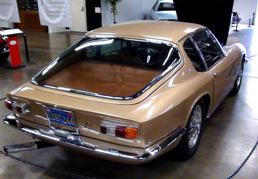 Maserati Mistral achterzijde