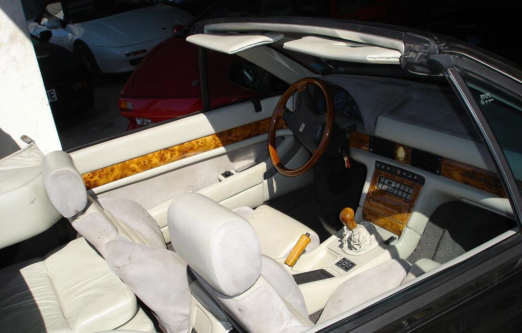 Maserati Spyder 1994 interieur
