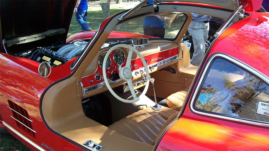Mercedes-Benz 300SL interieur(W198)