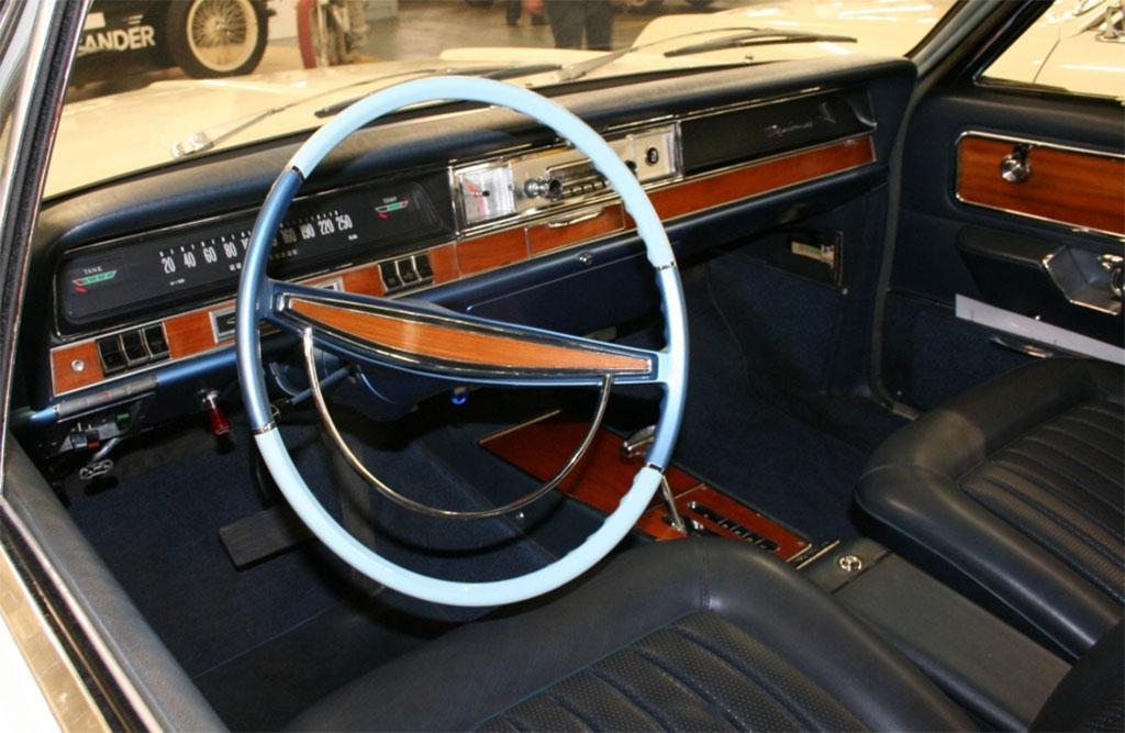 Opel diplomat klassiekerweb for Opel kadett e interieur