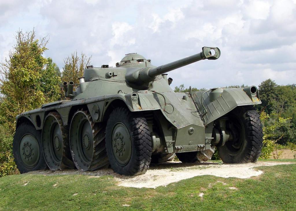 Panhard EBR pantservoertuig