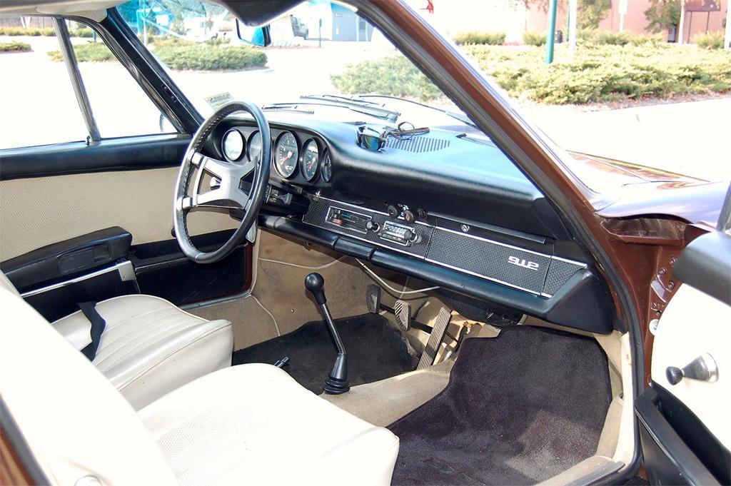 Porsche 912 interieur
