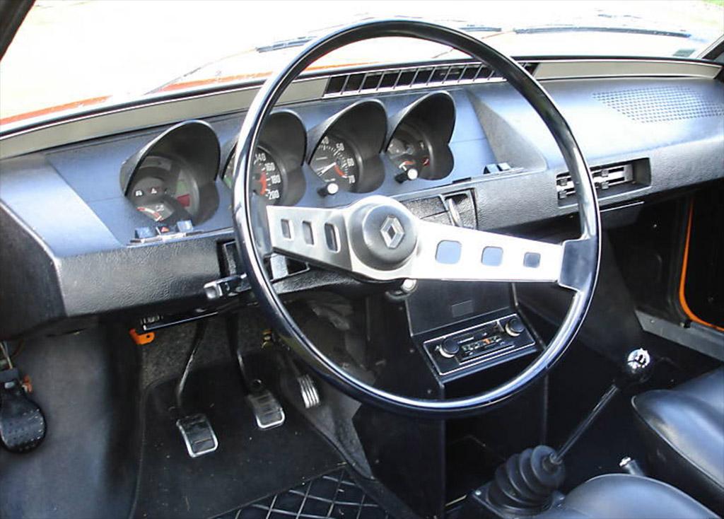 Renault 15 en 17 interieur