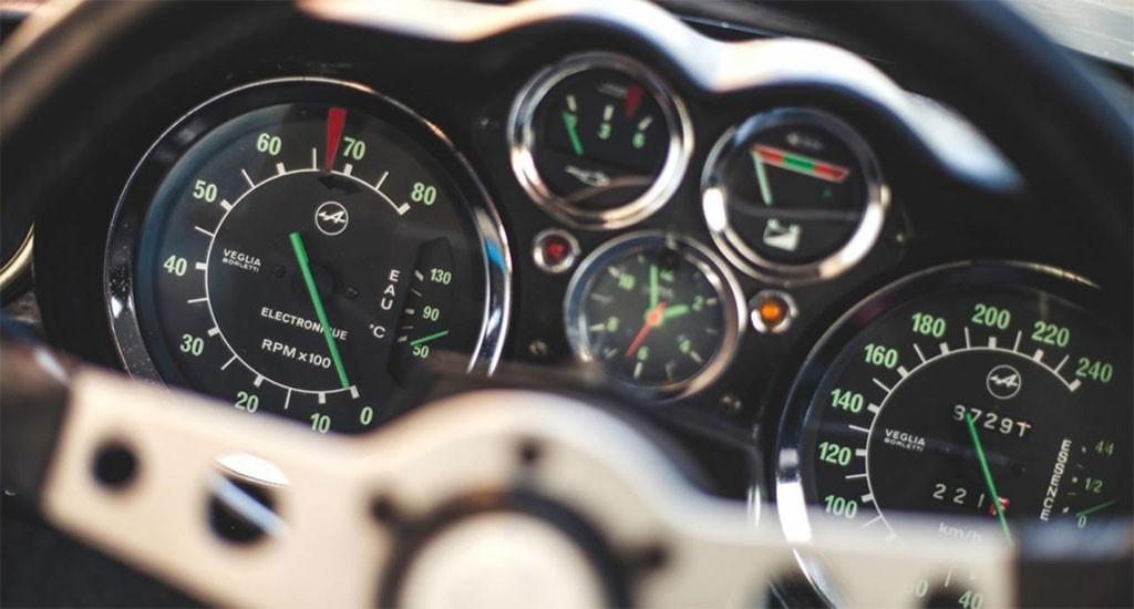 Renault alpine klokken