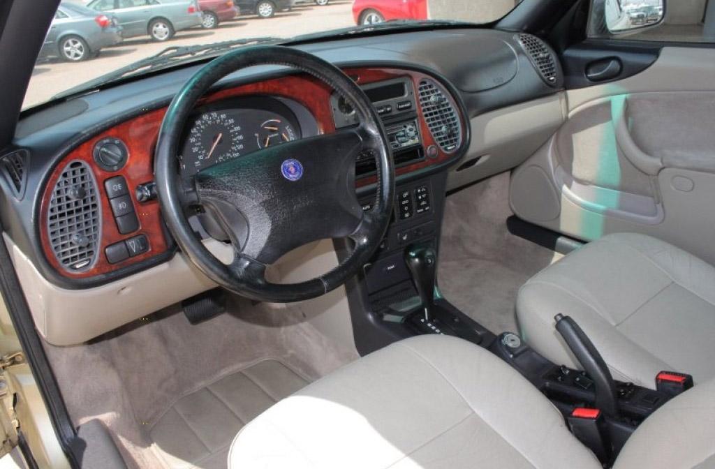Saab 900 turbo interieur
