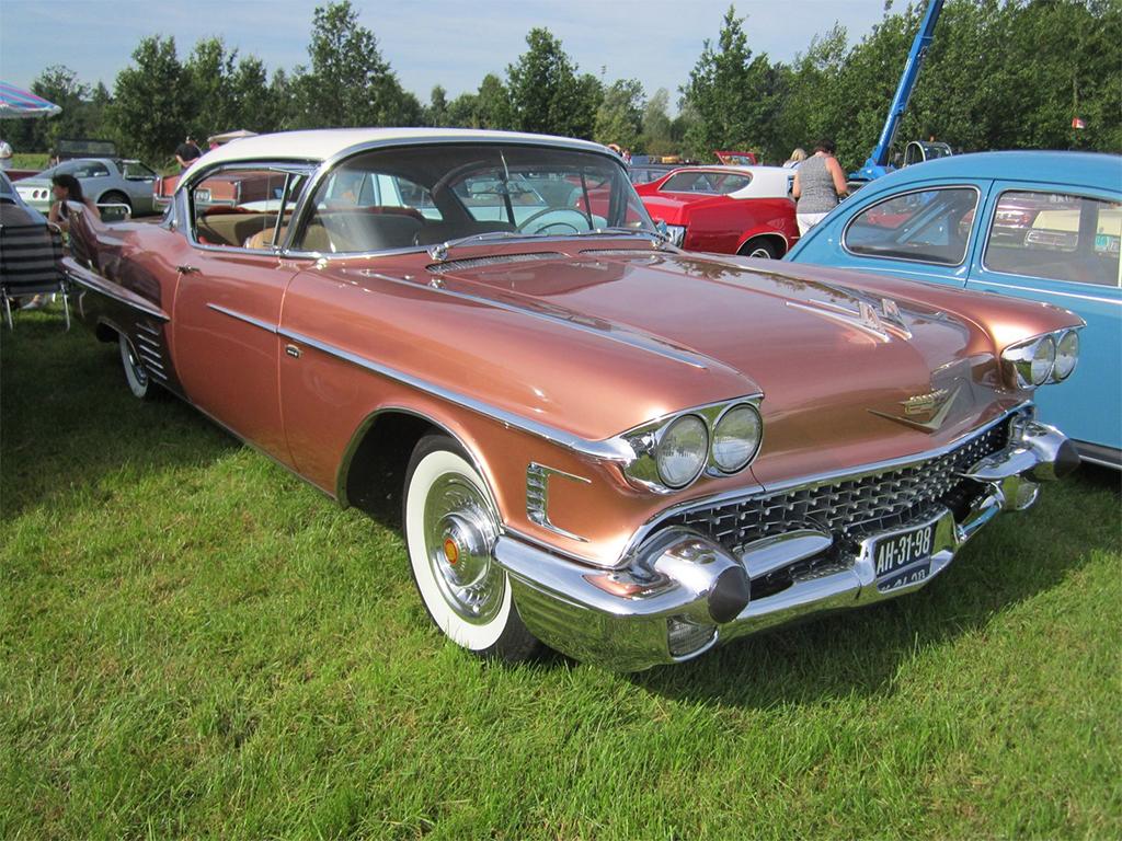 cadillac coupe deville 1958