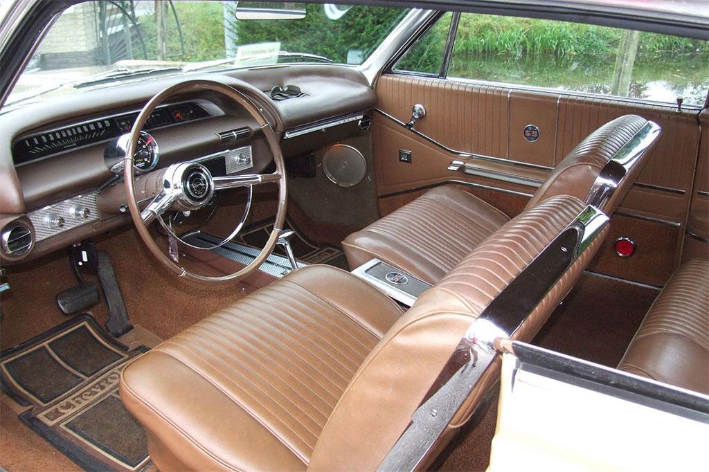 Chevrolet impala klassiekerweb for Chevrolet interieur