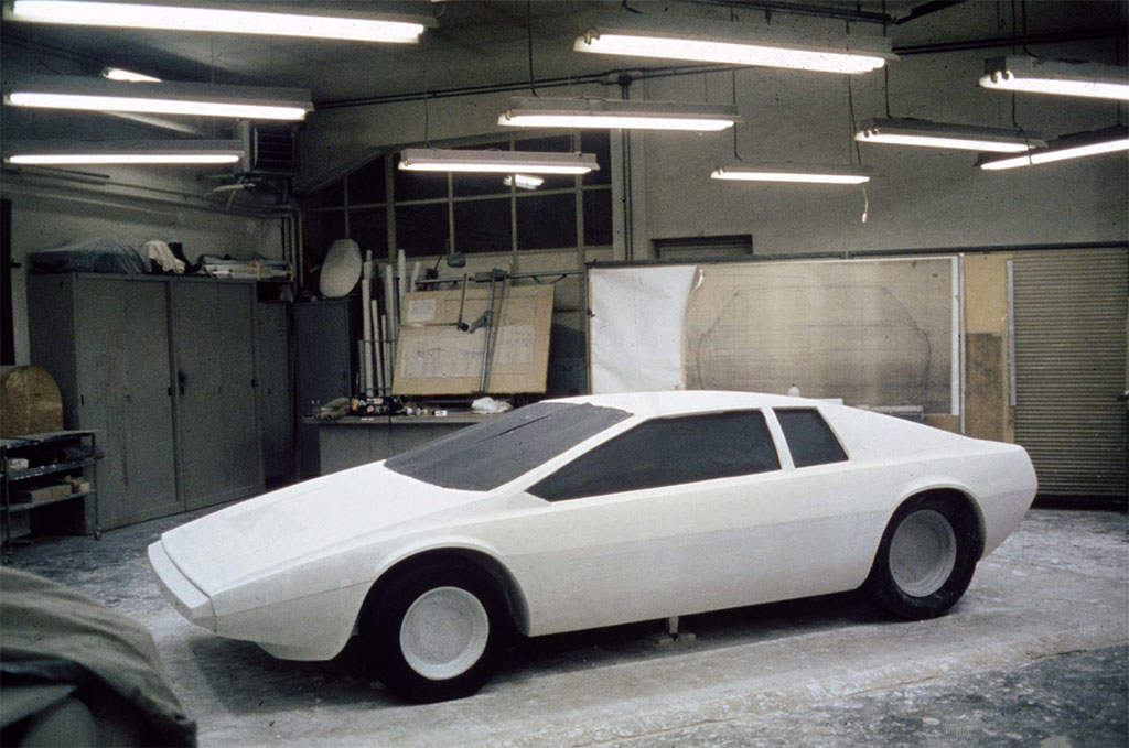 lotus esprit model