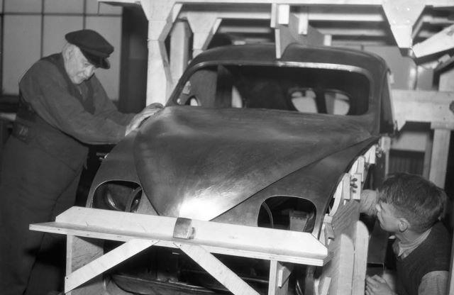 Ursaab in productie in 1946