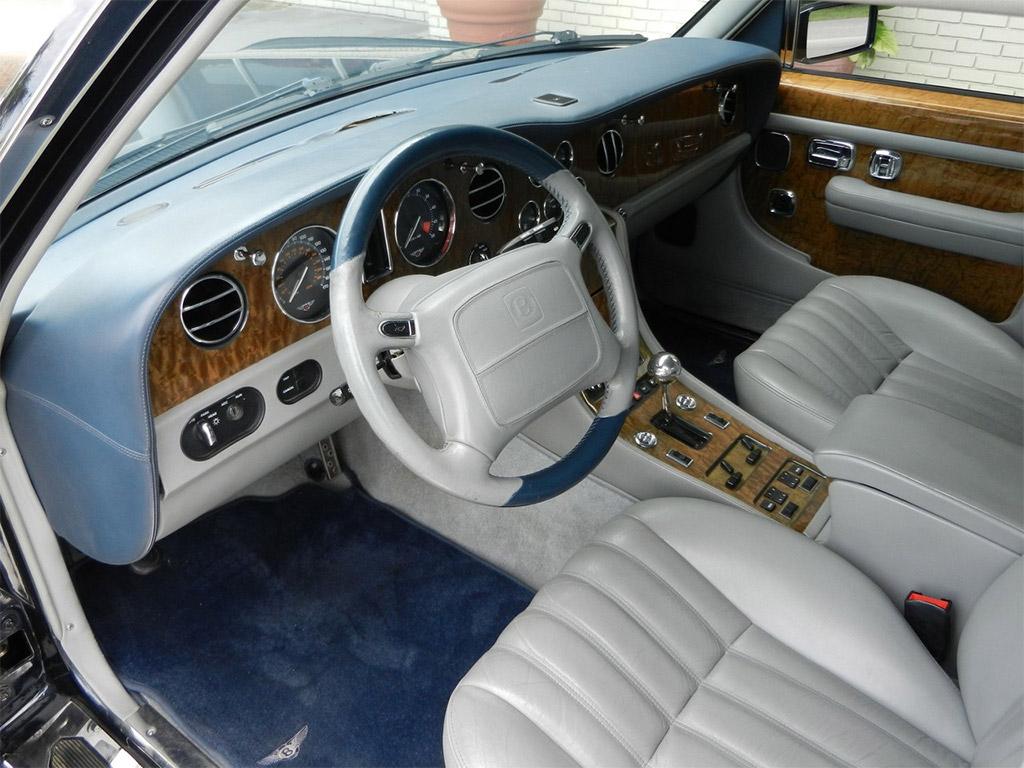 Bentley Brooklands interieur