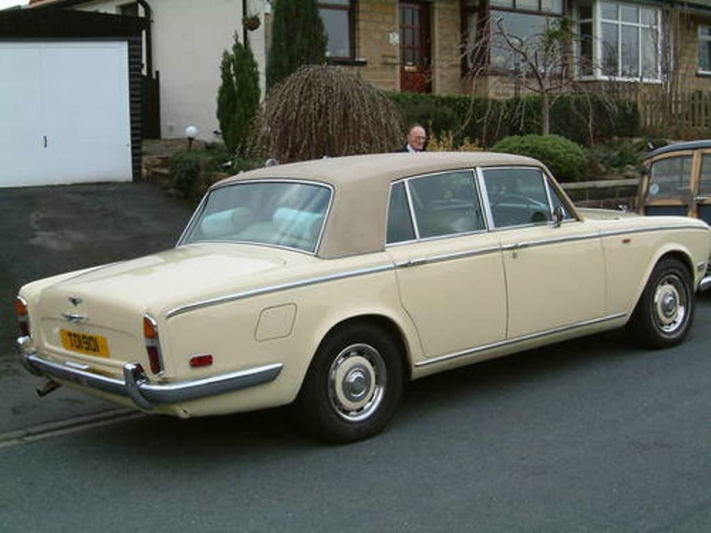 Bentley T1 achterzijde