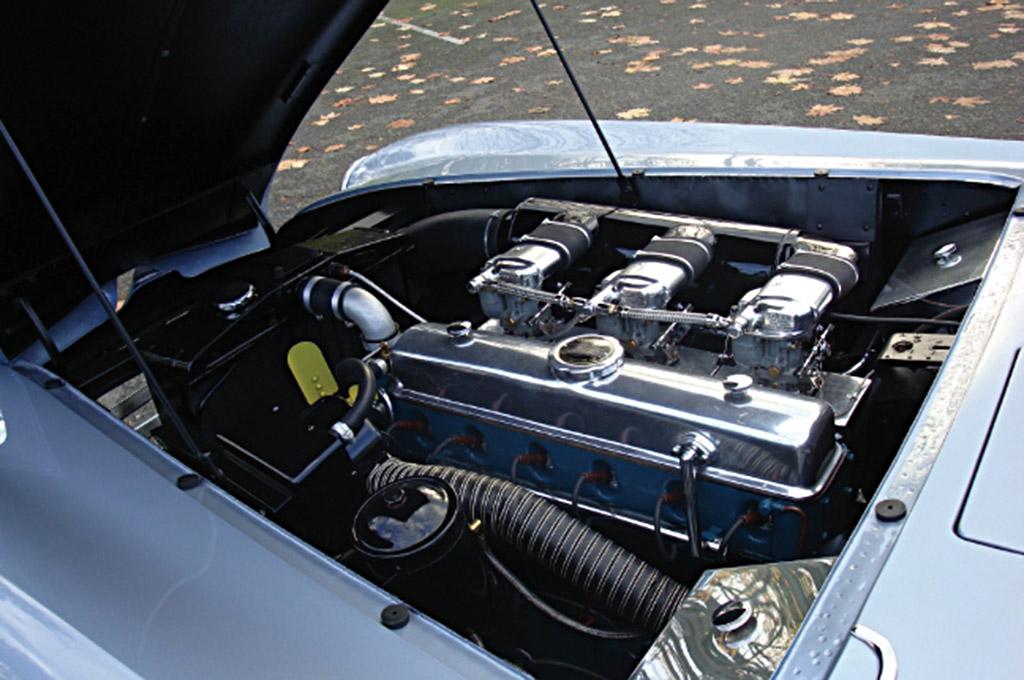 Delahaye 235 motor