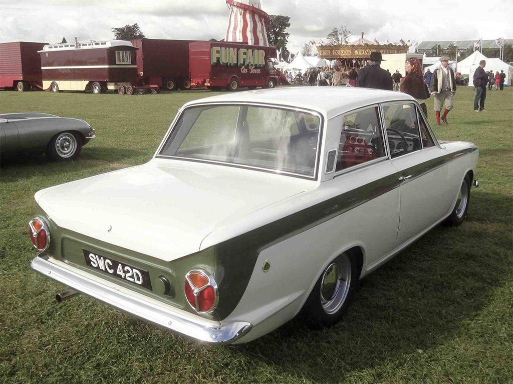 Lotus Cortina achterzijde