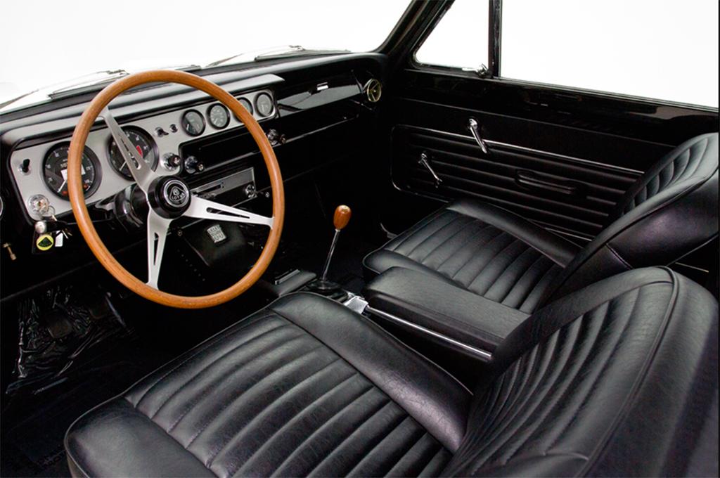 Lotus Cortina interieur
