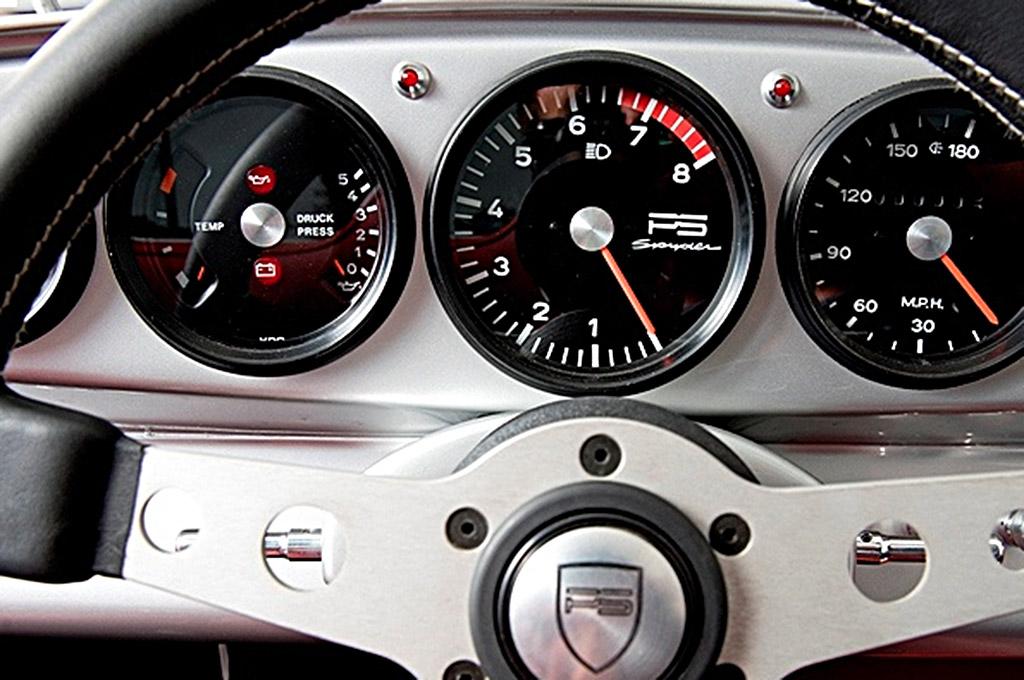 Porsche 911 PS Spyder 1989 klokken