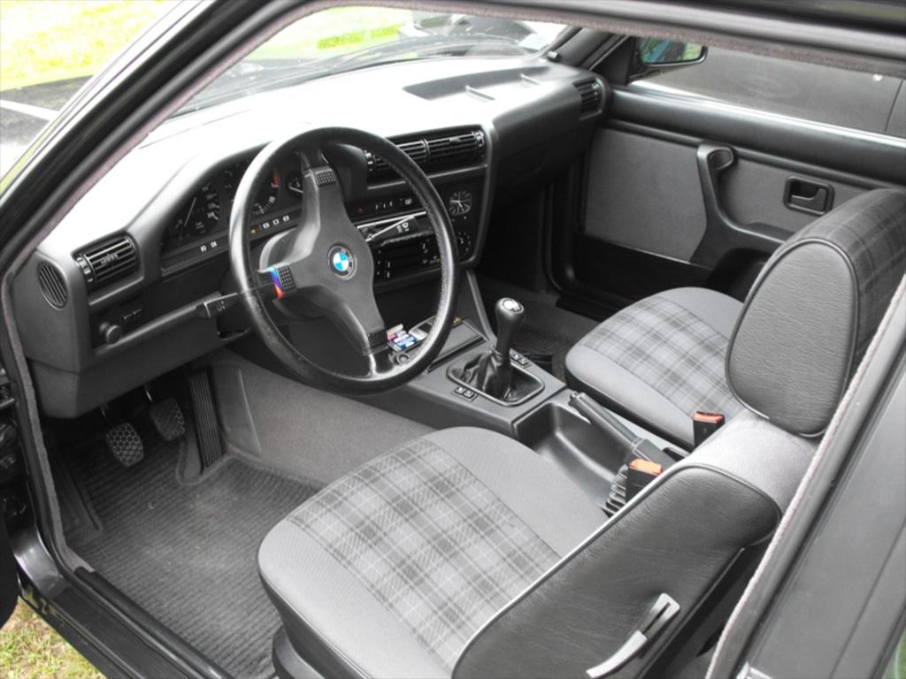 BMW E30 interieur