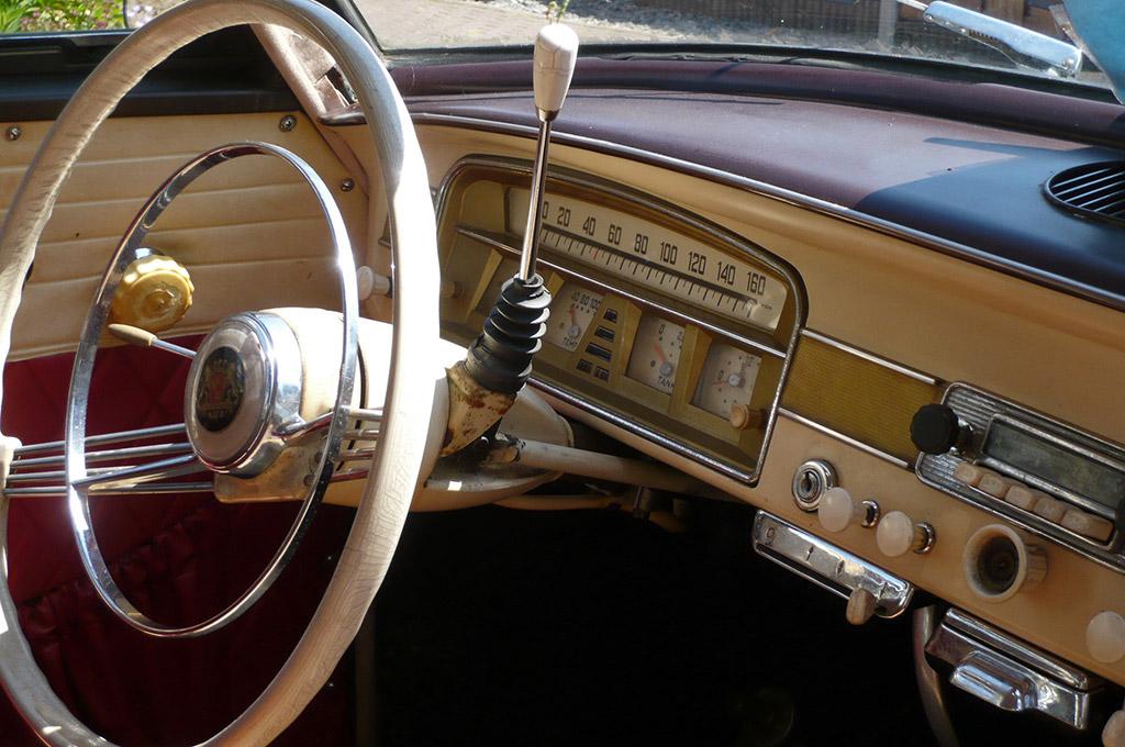 Borgward Isabella 1959 dashboard