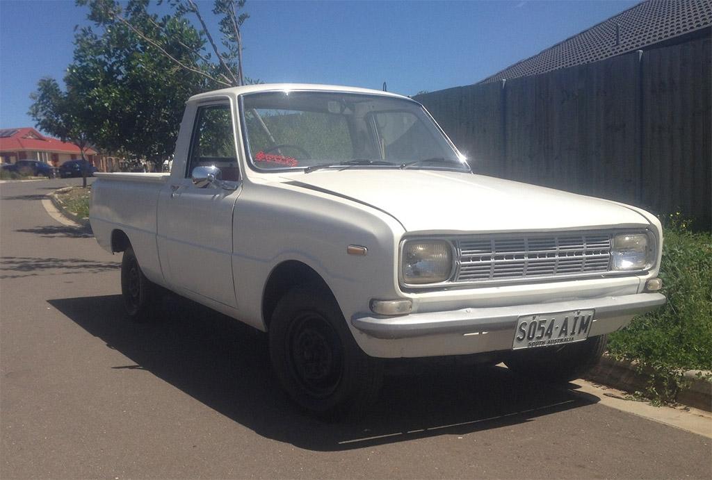 Mazda 1000 pickup 1972