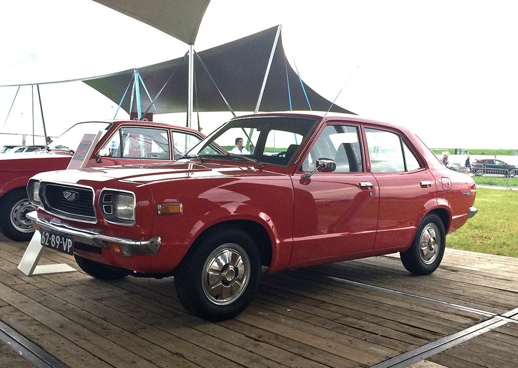 Mazda 818 1976