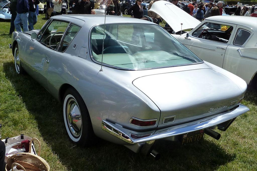 Studebaker Avanti 1963 back