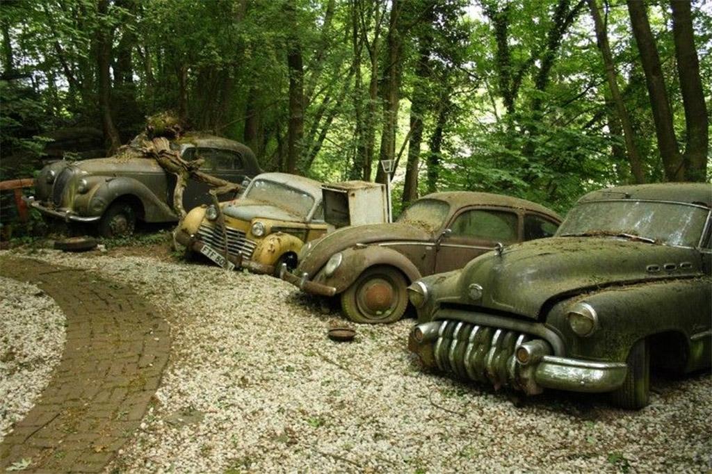 autokerkhoven