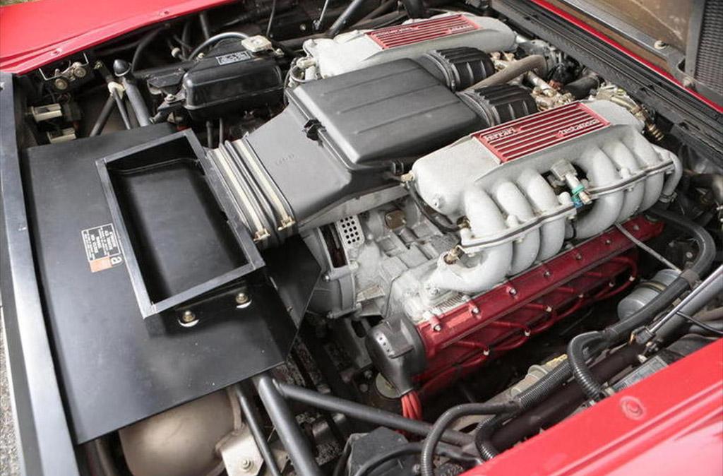 Ferrari testarossa V12
