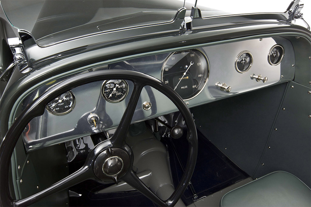 1934-Ford Model 40 Special Speedster dashboard