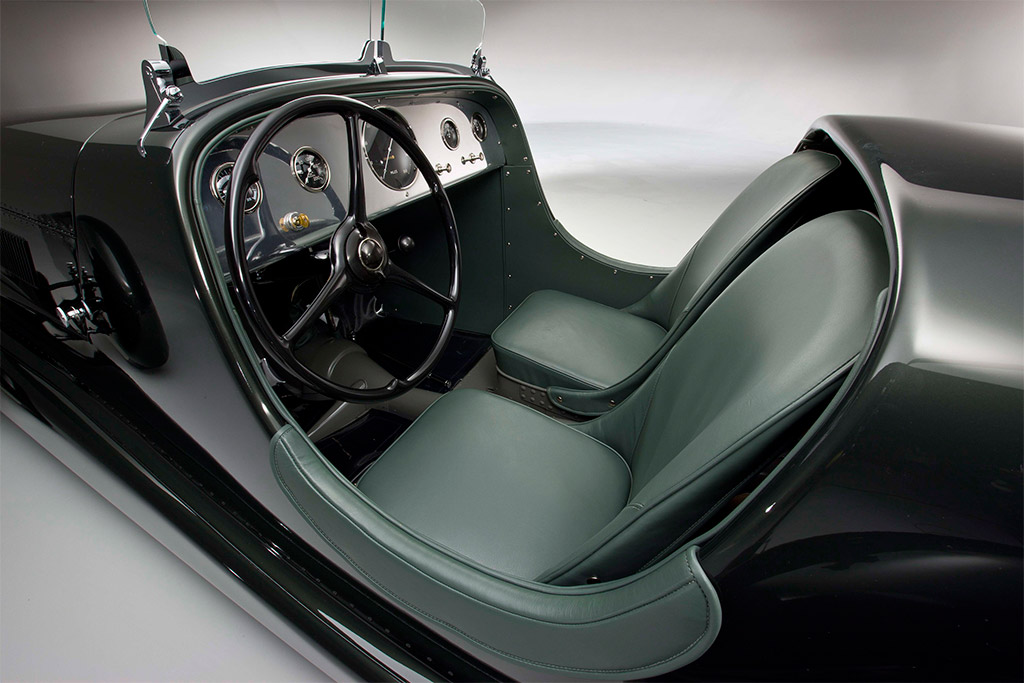 1934 Ford Model 40 Special Speedster interieur