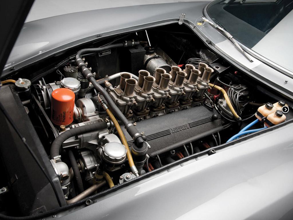 Ferrari 275 GTBC Speciale Scaglietti 1964 motor