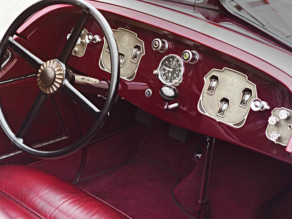 Cord L29 1929 dashboard