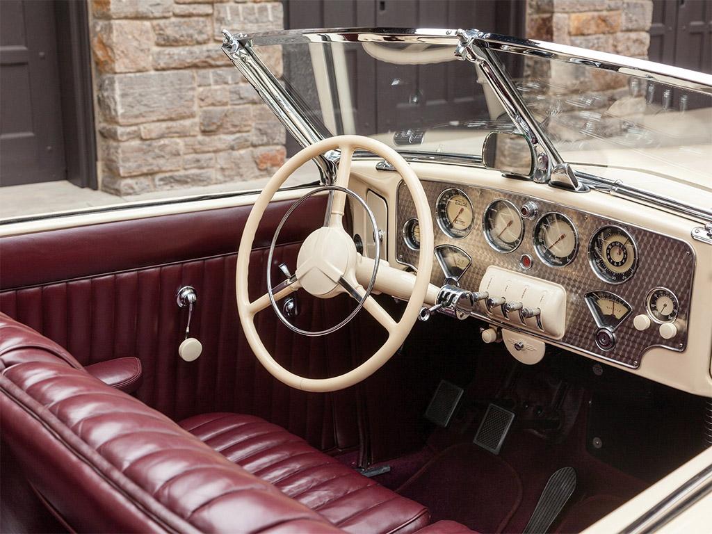cord 812 1937 interior