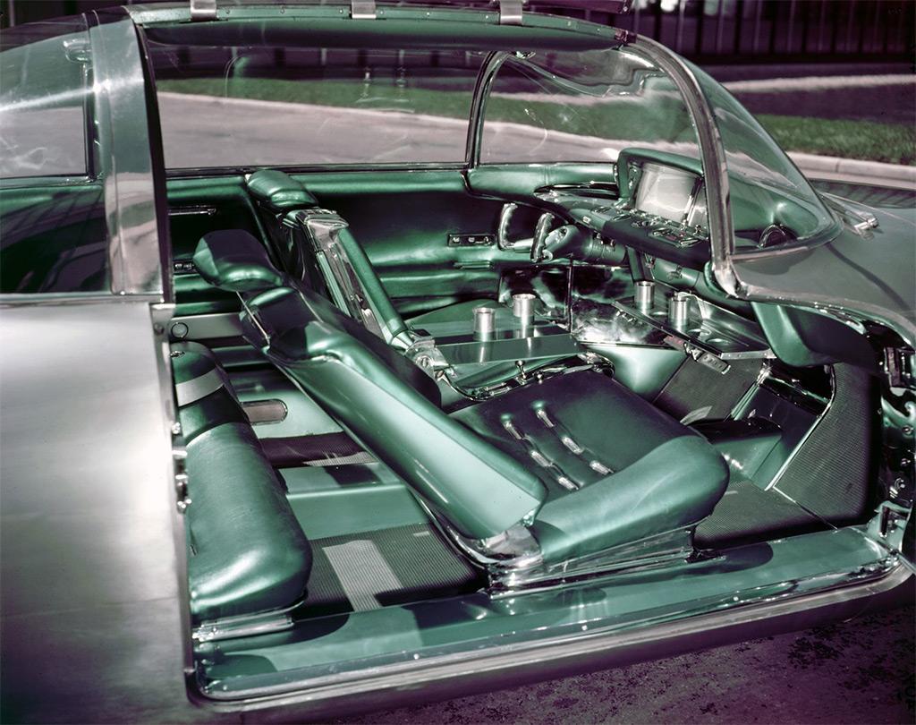 Firebird II 1956 interieur
