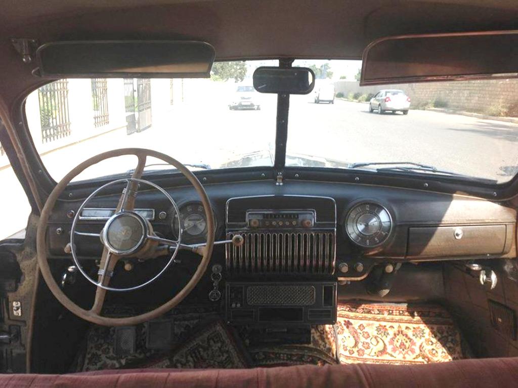 GAZ 12-ZIM 1954 interieur