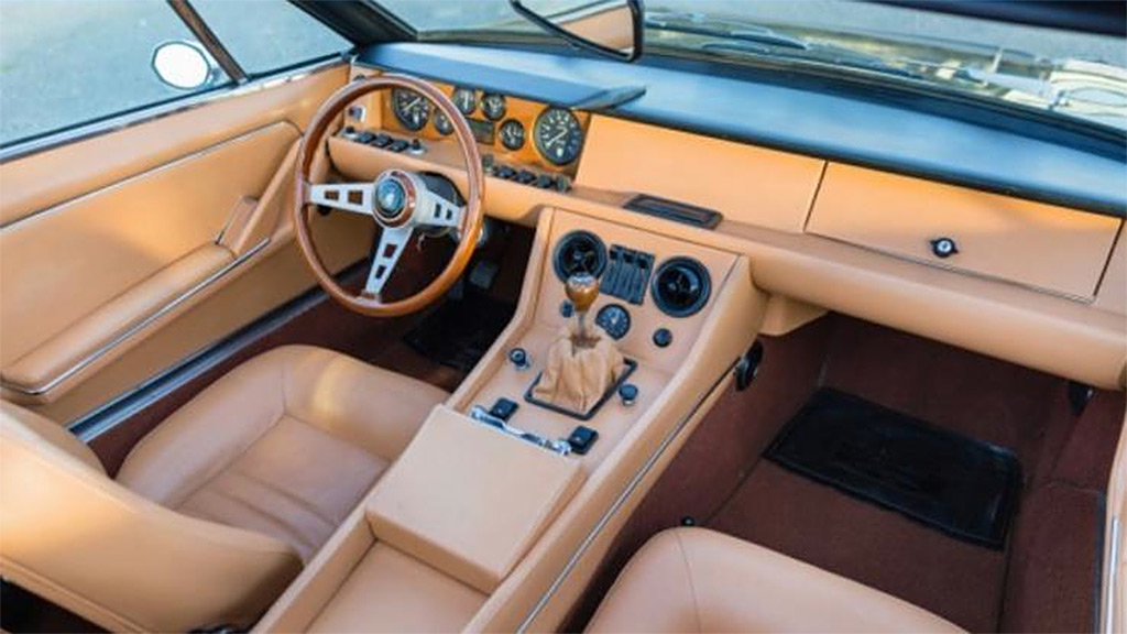 Lamborghini Jarama 1972 interieur