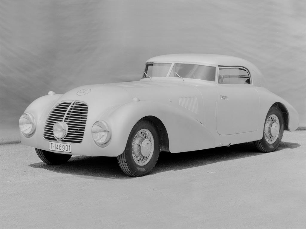 Mercedes_540K_streamliner_1938