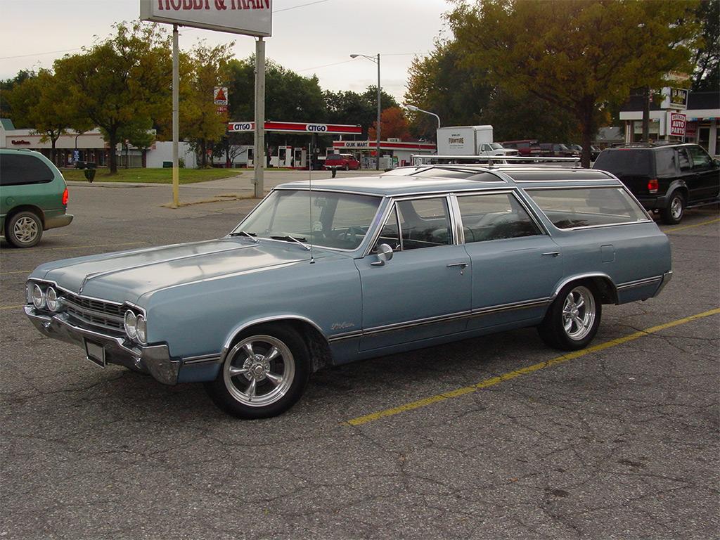 Oldsmobile Vista Cruiser 1965