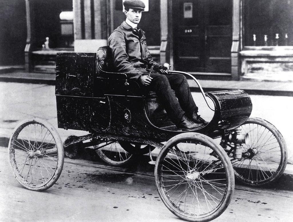 Oldsmobile curved dash 1901