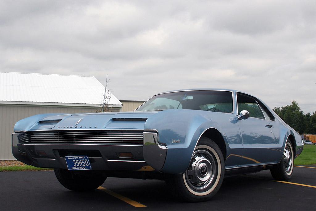 Oldsmobile toronado 1966-2